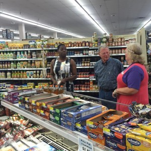 Sen Inhofe visits Altus AFB commissary, privatization in the works